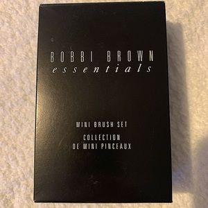 Bobbi Brown Essentials Mini Brush Set